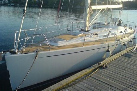 Sweden-Yachts-40-1